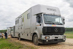 Reboque construído especial para transportar cavalos Fotografia de Stock