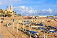 Recente middag op Sitges-strand royalty-vrije stock afbeelding