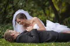 Recentemente coppia sposata Fotografia Stock Libera da Diritti