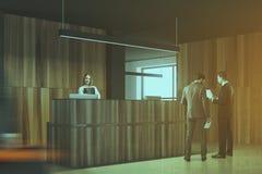 Recepção de madeira e preta do canto de escritório tonificada Fotos de Stock