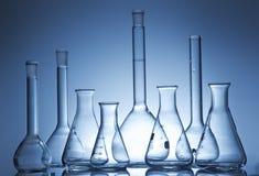 Receptor da química em um ambiance do laboratório fotos de stock royalty free