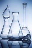 Receptor da química em um ambiance do laboratório fotografia de stock royalty free