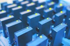 Receptores do fones de ouvido na doca de carregamento Foto de Stock