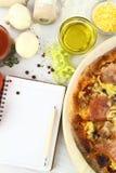 Receta de la pizza Imagen de archivo