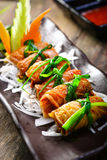 Recette coréenne pour le petit pain de riz d'algue de Kimbap Photographie stock