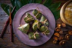 Recette visqueuse de boulettes de riz collant de Zongzi Photo stock