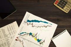 Recettes provenant du commerce sur la bourse des valeurs  Photo stock