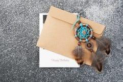Receveur rêveur fait main et enveloppe de papier d'emballage Images stock