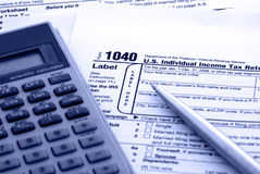 Rechensteuern - Steuerformular US-1040 Lizenzfreie Stockfotografie