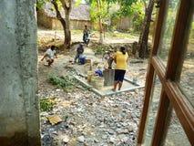 Recherchant l'eau due à la sécheresse Images libres de droits