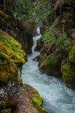 Recherche de la crique d'avalanche photo libre de droits