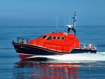 Recherche et embarcation de sauvetage à la vitesse photographie stock