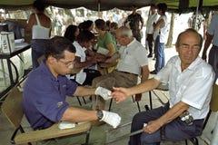 Recherche médicale parmi des aînés, Rio de Janeiro Photographie stock