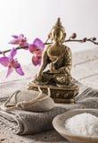 Recherche pour la pureté et énergie avec des symboles de zen Images libres de droits