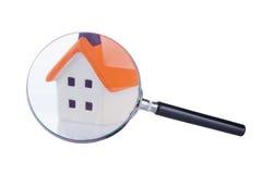 Recherche und Kontrolle des Hauses lizenzfreies stockbild