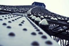 Recherchez ! Tour Eiffel à Paris Photos stock