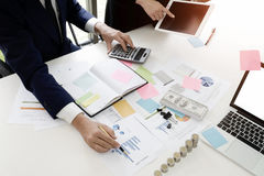 Rechnungsprüfungskonzept, Buchhalter Team oder Finanz Stockfoto
