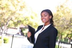 Recht afrikanische Geschäftsfrau stockbilder