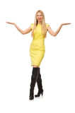 Recht angemessenes Mädchen im gelben Kleid lokalisiert auf Weiß Lizenzfreie Stockbilder