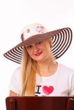 Recht blonde Frau in einem Hut Lizenzfreie Stockfotos