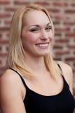 Recht blondes Lächeln Stockbilder