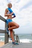 Recht blondes Mädchen in der Sportkleidung Lizenzfreies Stockbild