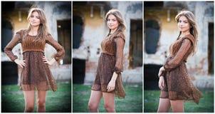 Recht junge Frau, die vor dem Bauernhof aufwirft. Sehr attraktives blondes Mädchen mit braunem kurzem Kleid. Romantische Aufstellu Stockfotos