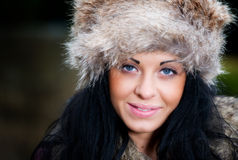 Recht junge Frau draußen Stockbilder