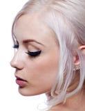 Recht junge Frau mit dem blonden Haar Lizenzfreies Stockfoto
