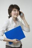 Recht junge Frauen mit Datei Lizenzfreies Stockbild