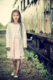Recht kleines thailändisches Mädchen Stockfotos