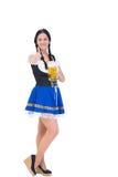 Recht oktoberfest Mädchen, das Bierkrug hält Stockfotos