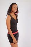 Recht schwarze Frau in lblack Bluse Stockbilder