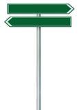 Rechts-Linksstraßenweg-Richtungszeiger dieses Weisenzeichen, grünes Grün lokalisierte Straßenrand Signage, weißes Verkehrspfeil-R Stockbilder