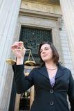 Rechtsanwalt-Holding-Skala Lizenzfreies Stockbild