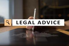 Rechtsberatung Ext. auf virtuellem Schirm beraten Rechtsanwalt am Gesetz Rechtsanwalt, Geschäfts- und Finanzkonzept stockbild