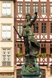 Rechtvaardigheidsstandbeeld Fankfurt Stock Foto