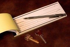 Recibo del alquiler con claves Imagen de archivo libre de regalías