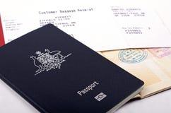 Recibo do passaporte e da bagagem Fotos de Stock
