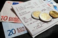 Recibo y dinero Foto de archivo