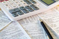 Recibos financieros fotografía de archivo