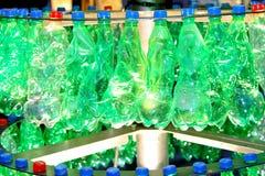 Recicl frascos plásticos fotografia de stock