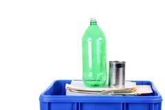 Recicl o escaninho azul Fotos de Stock Royalty Free