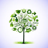 Recicl a árvore Fotografia de Stock Royalty Free