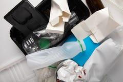 Reciclaje de la basura médica imágenes de archivo libres de regalías