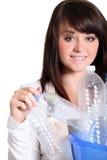 Reciclaje de la muchacha del adolescente Imagen de archivo libre de regalías