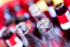 Reciclaje de las botellas Fotos de archivo