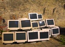 Reciclaje de monitores Imagenes de archivo