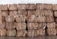 Reciclaje de papel Fabricación de papel foto de archivo