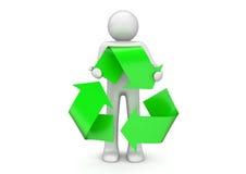 Reciclaje - el hombre lleva a cabo la muestra de empaquetado internacional Fotografía de archivo libre de regalías
